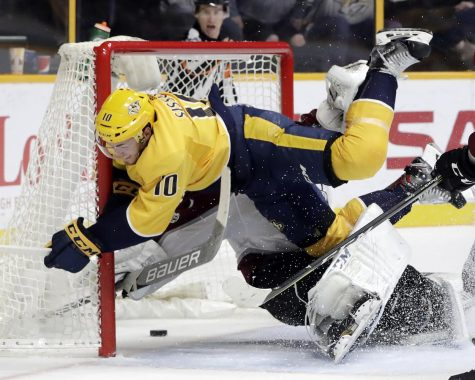 Nashville Predators ice Avalanche 4-1