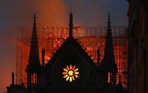 Prayers, hymns, community shared in firelight of Notre Dame de Paris